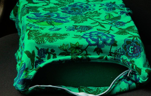 DIY坐墊方法圖解 如何用布手工縫制海綿坐墊 7