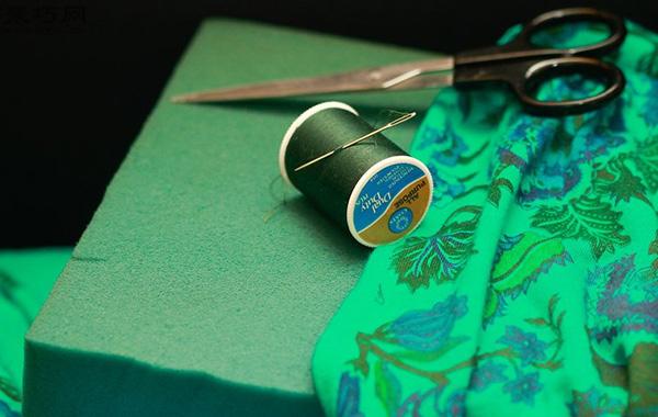 DIY坐墊方法圖解 如何用布手工縫制海綿坐墊