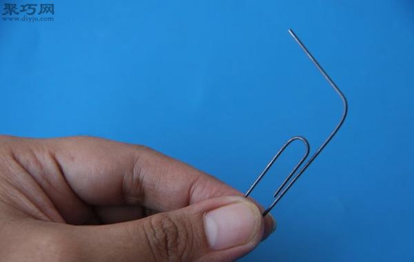 用回形针开锁方法图解 如何用回形针撬锁
