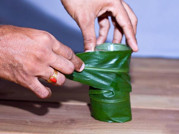 如何在小花瓶里插花 小瓶插花技巧 3