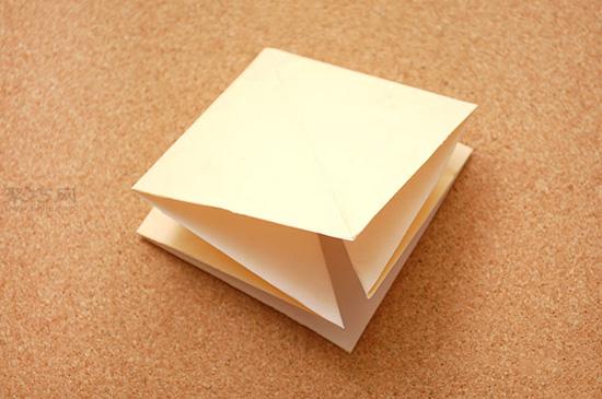 星星盒子折法图解 四角小礼品盒如何折叠 4