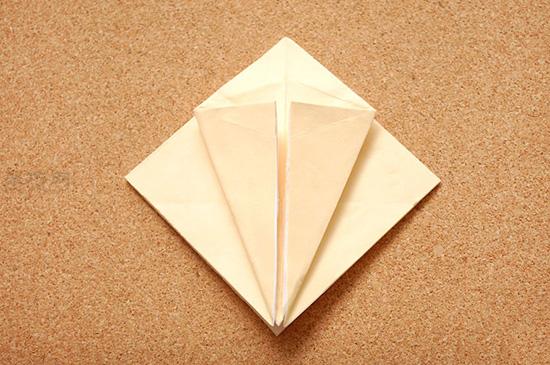星星盒子折法图解 四角小礼品盒如何折叠 5