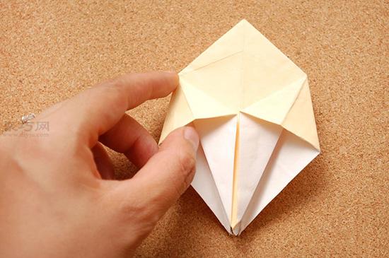 星星盒子折法图解 四角小礼品盒如何折叠 7