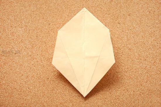 星星盒子折法图解 四角小礼品盒如何折叠 12