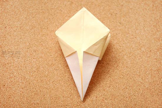 星星盒子折法图解 四角小礼品盒如何折叠 13