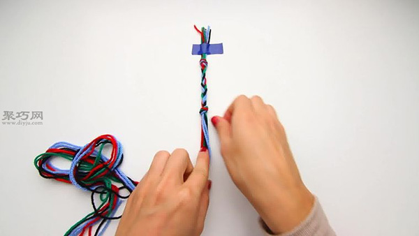 怎樣編織V形手繩