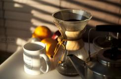 怎么�邮褂蒙陈��Chemex咖啡�刂罂Х� 煮咖啡�D解教程