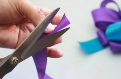 手工DIY花形結教程 教你如何做用絲帶制作蝴蝶結