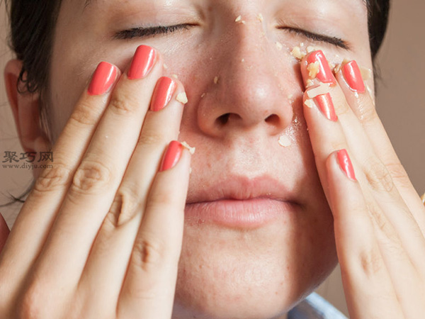 用杏仁碎,油和精油diy磨砂膏 画法脸部磨砂膏如何做