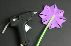 怎么做紫羅蘭 用海綿紙做花圖解教程