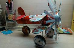 易拉罐飛機制作方法 易拉罐手工制作螺旋槳飛機