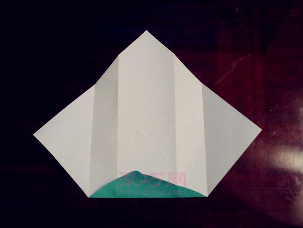 手工折纸 动物折纸  一个超级可爱的立体小狗狗折纸,这个小狗的折法