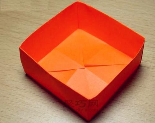 如何用长方形纸折纸盒子
