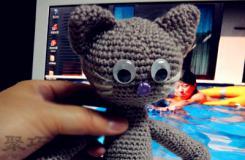 手工毛線編織小動物圖解 教你怎么用毛線編織小貓