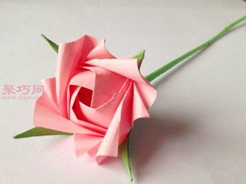 粉色玫瑰花束的折法图解 教你如何手工折纸玫瑰花束 手机聚巧网图片