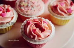 如何做鲜奶油戚风纸杯蛋糕 多种口味戚风纸杯蛋糕做法