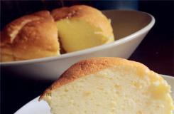 如何用��煲做乳酪蛋糕 松���煲蛋糕自制方法