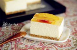 六寸蜜桃�鲋ナ康案庠趺醋龊贸� 蜜桃水果生日蛋糕做法