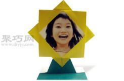 手工折纸向日葵相框步骤图解 折纸向日葵相框的折法