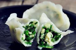 �r嫩韭菜�u蛋�子做法 韭菜�子怎么煮好吃