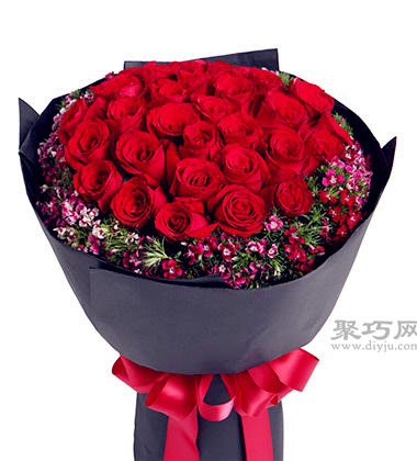 33朵玫瑰花語告訴你送女朋友玫瑰花多少朵合適?