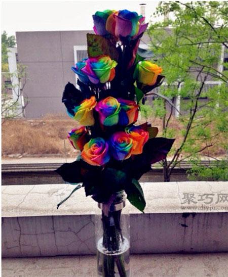 七彩玫瑰花语是什么 彩虹玫瑰代表什么意思