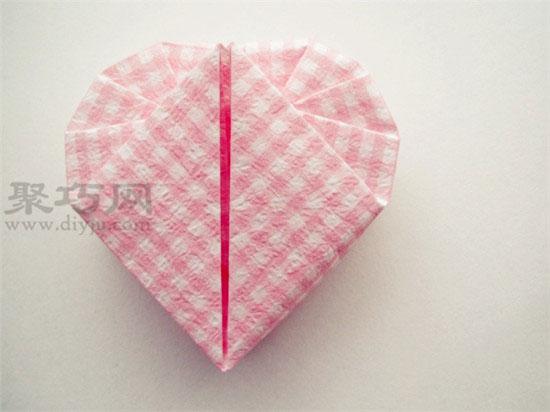 心形折纸盒子的折法图解教程 如何折纸心形盒子图片