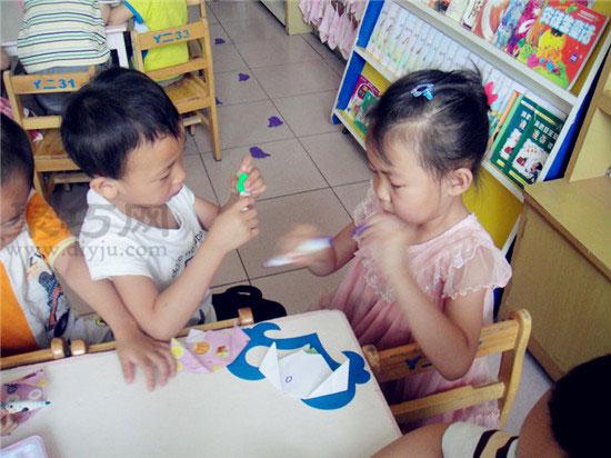 幼儿园小班折纸教案:折纸小狗头