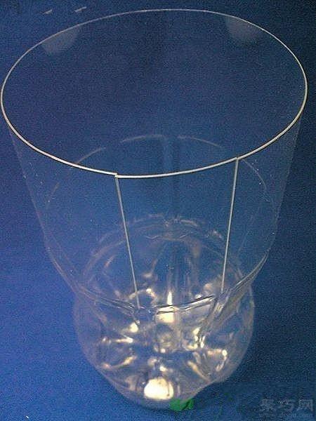 如何用饮料瓶做花瓶