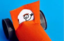 卫生纸筒废物利用手工制作玩具小汽车方法