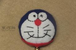 用易拉罐制作毛氈勛章教程 一起來DIY卡通叮當貓勛章