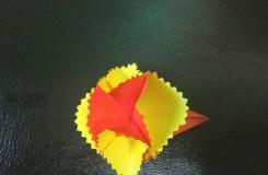母親節禮物紙藝教程 如何制作折紙康乃馨