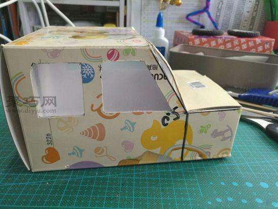 廢紙盒秒變汽車 第8步