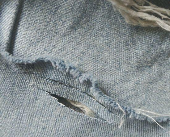 后面破洞牛仔裤 第3步