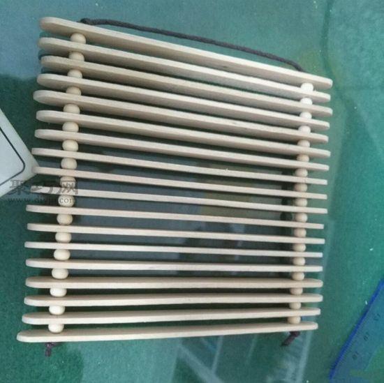 雪糕棍做簡易隔熱墊 第5步