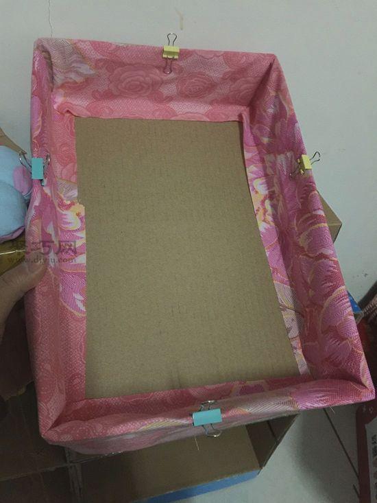 纸盒做简易收纳架 第4步