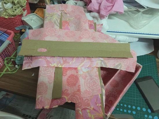 纸盒做简易收纳架 第10步