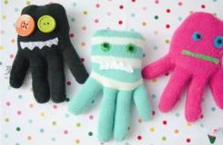 舊兒童毛線手套改造可愛的小章魚布藝玩偶教程