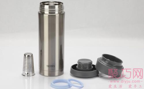 使用不銹鋼材質的保溫杯
