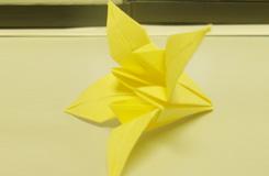 百合花的折法步驟圖解 折紙百合花教程