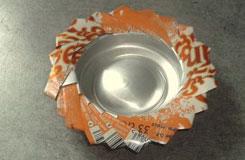 教你用易拉罐做烟灰缸 易拉罐DIY手工制作烟灰缸教程