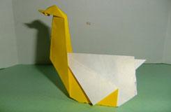 紙天鵝的折法 立體的天鵝折疊方法
