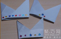 簡單紙帽子怎么折 生日王冠的折疊方法