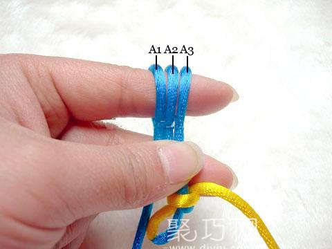 中国结之宝结二宝3套结的编法步骤2