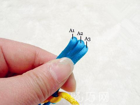 中国结之宝结二宝3套结的编法步骤3