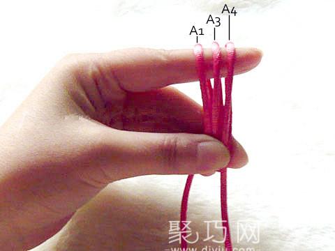中國結復翼寶結編織第四步