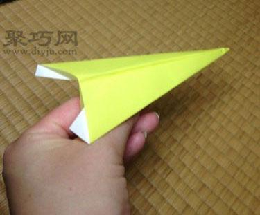 簡單尖頭飛機折紙教程 怎么用紙折尖頭紙飛機