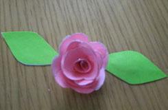 折紙花教程:如何制作一朵3D立體玫瑰花