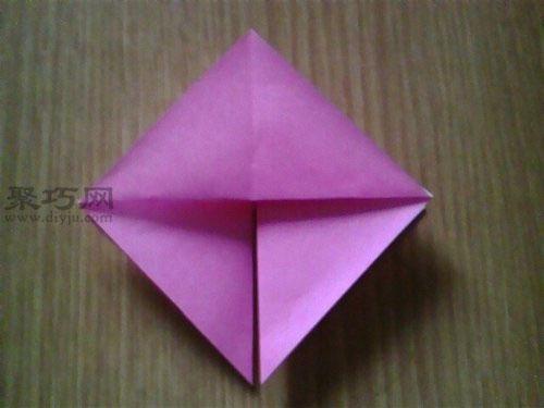 手工折纸 动物折纸   3,沿着下面折纸中绿色线顺着箭头所指方向折叠