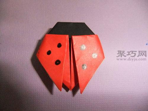 简单的折纸六星瓢虫完成,小伙伴们学会了吗?